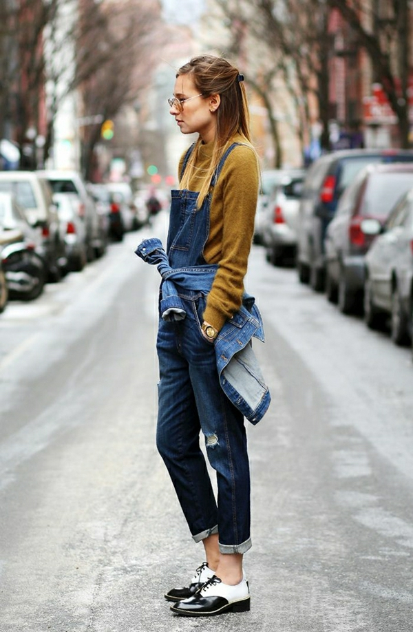 salopette-femme-mode-chaussures-classiques-modernes-tendance-blouse-marron-femme