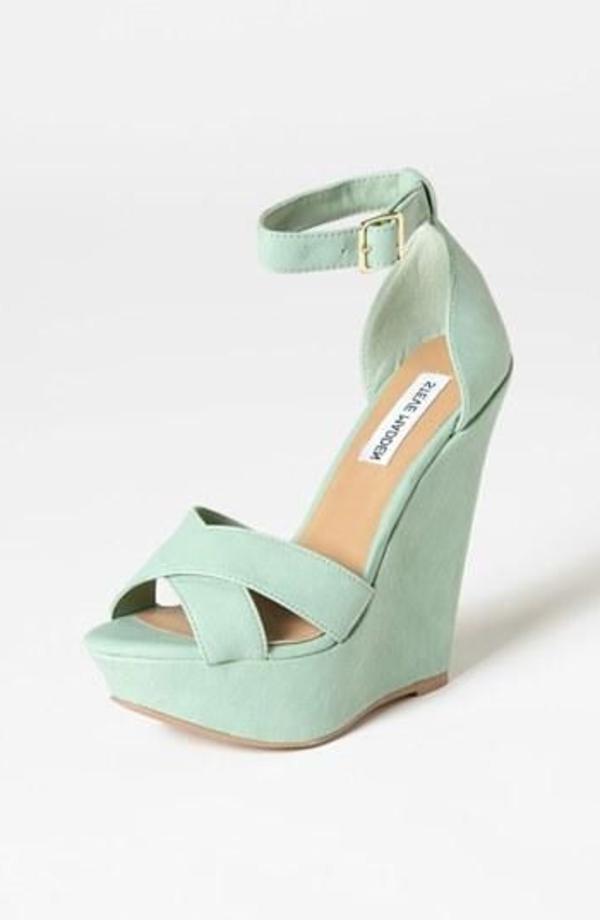 sandales-bleus-compensées-mode-femme