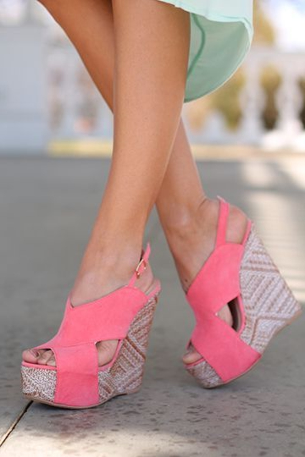 sandales-platforme-rose-femme-mode-ete