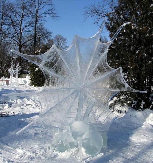 sculpture-de-glace-araignée