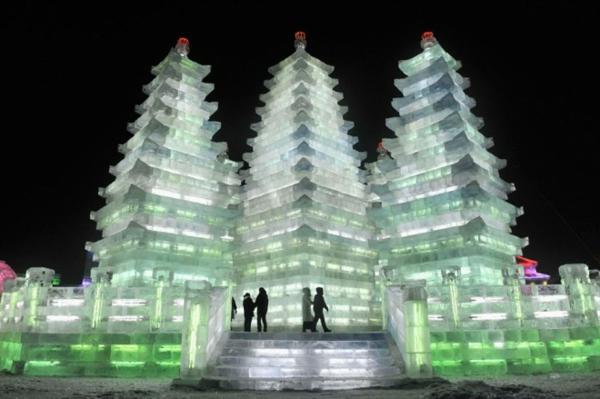 sculpture-de-glace-architecture-orientale