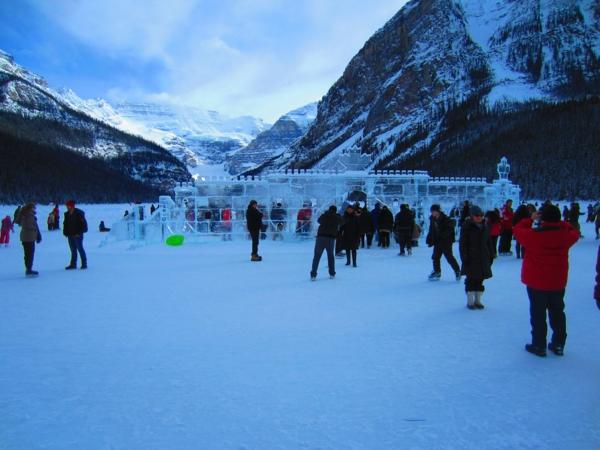 sculpture-de-glace-devant-le-château