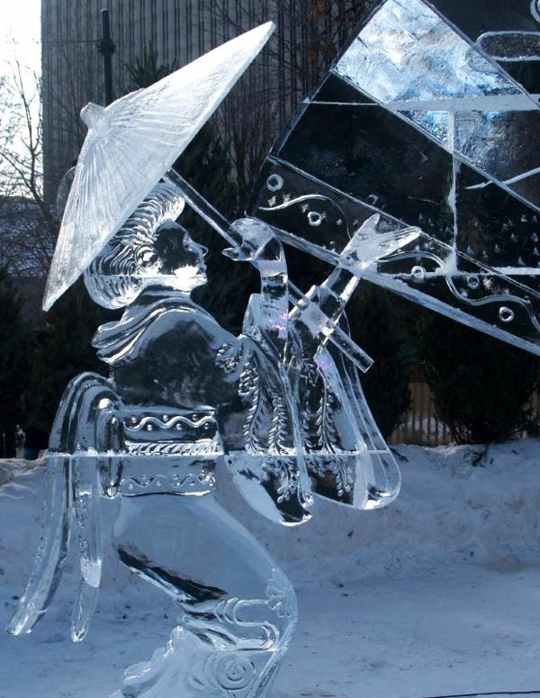 sculpture-de-glace-originale-femme