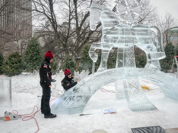 sculpture-de-glace-joli-cheval
