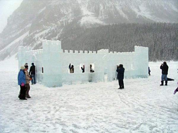 sculpture-de-glace-le-lac-Louise