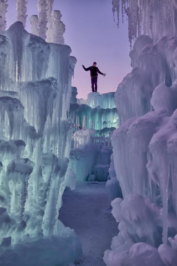 sculpture-de-glace-naturellement-créée