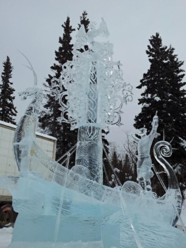 sculpture-de-glace-navire-mythique