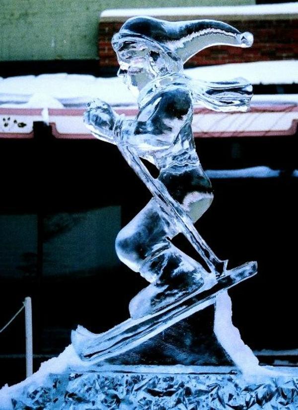 sculpture-de-glace-skieur