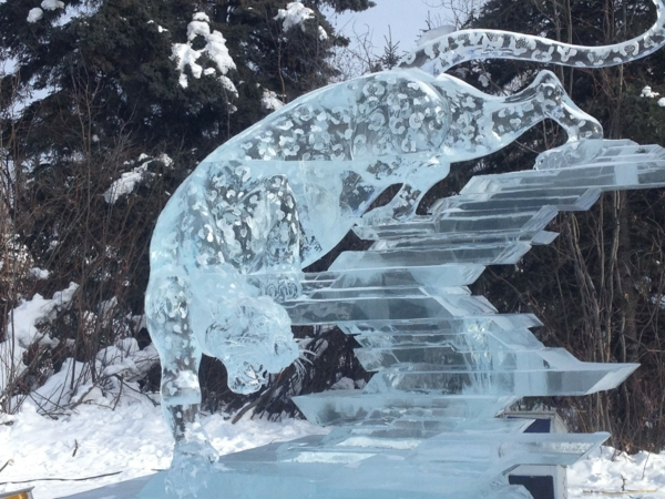 sculpture-de-glace-un-léopard