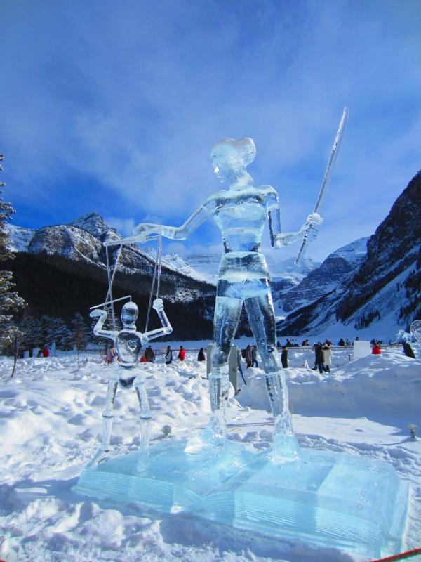 sculpture-de-glace-unique-très-belle