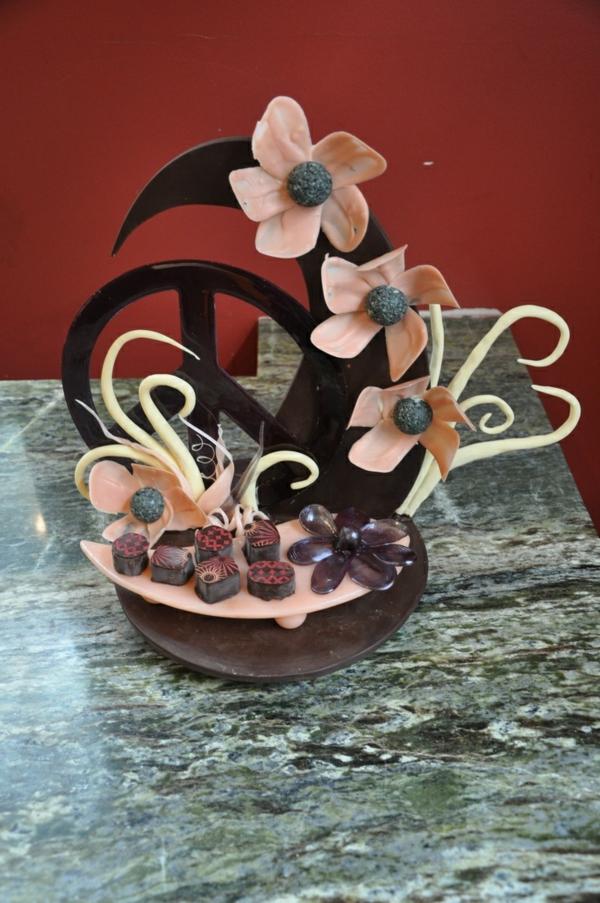 sculpture-en-chocolat-composition-avec-du-chocolat