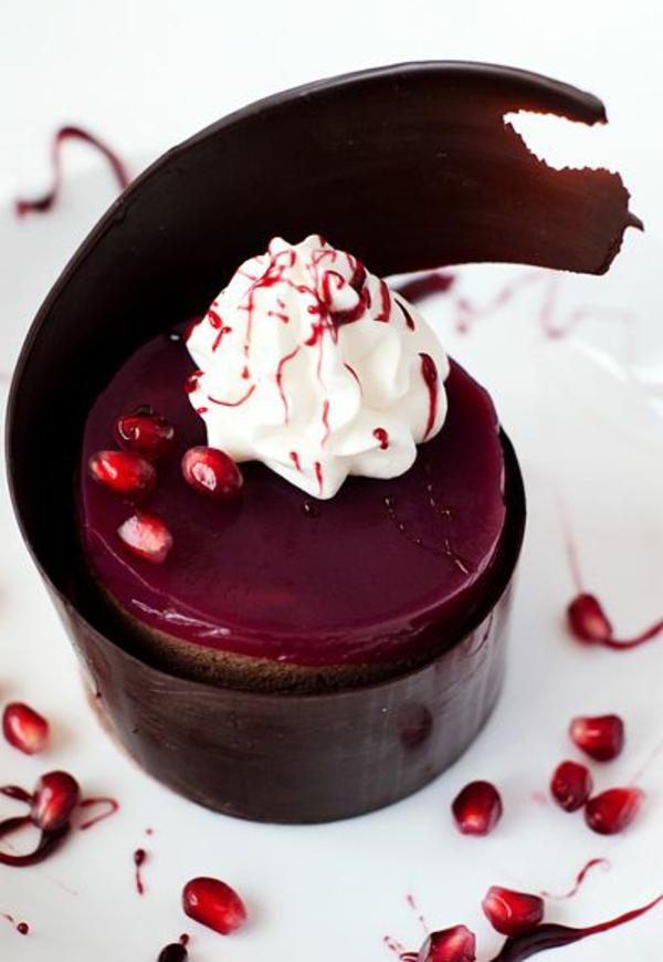 sculpture-en-chocolat-forme-ondulante-pour-gâteau