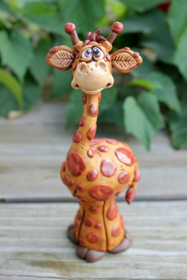 sculpture-en-chocolat-girafe-sympathique