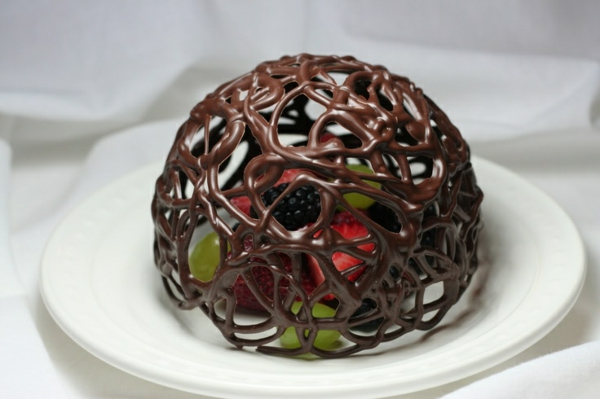 sculpture-en-chocolat-structure-délicate