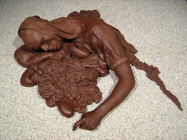 sculpture-en-chocolat-travail-artistique-avec-chocolat