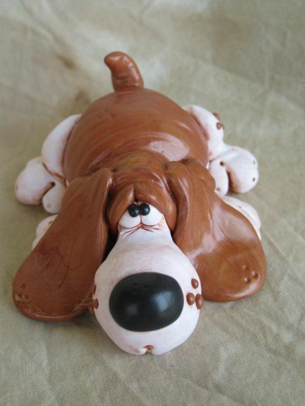 sculpture-en-chocolat-un-chien-sympa-en-chocolat
