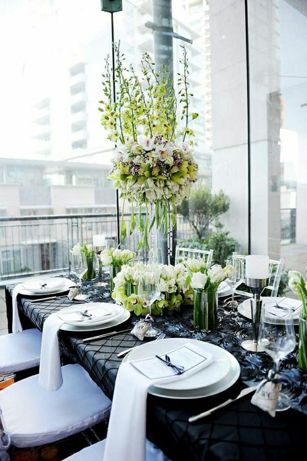 set-de-table-nappe-noir-serviette-de-table-noir-fleurs-décoration-avec-fleurs