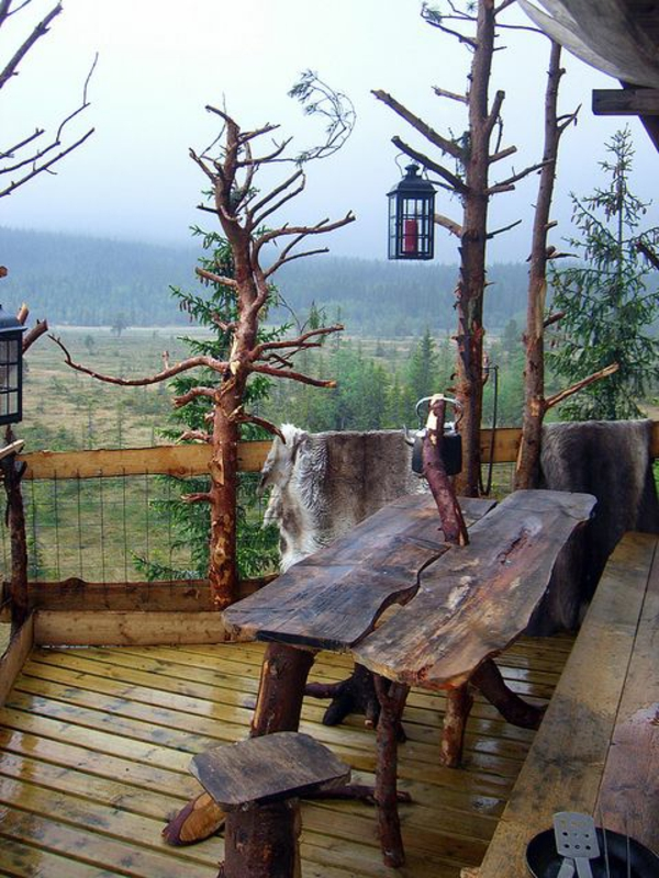 sol-plancher-table-en-bois-extérieur-terrasse-aménagement-belle-vue