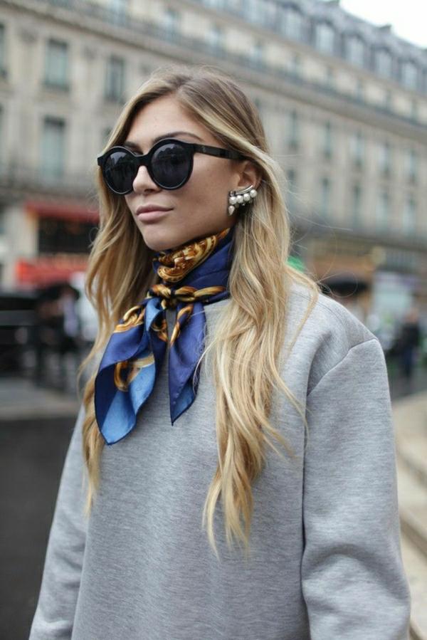 sweatshirt-élégant-gris-femme-bijou-lunettes-de-soleil
