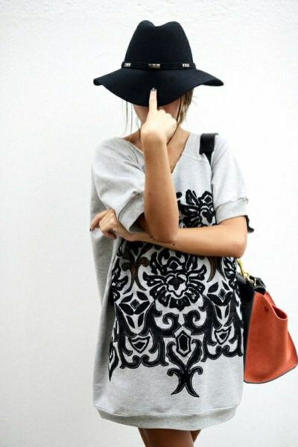 sweatshirt-femme-chapeau-de-feutre-noir-sac-a-main-en-cuir