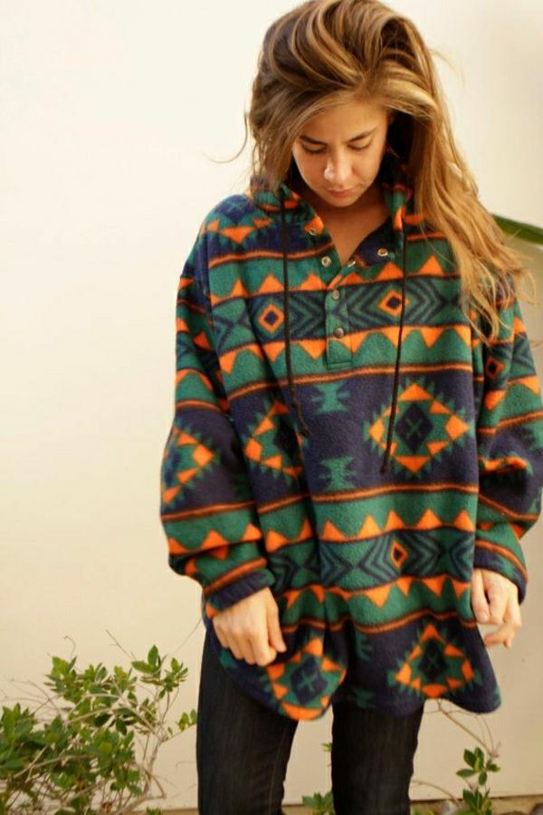 sweatshirt-sportif-coloré-fille-mode-cheveux-oranges