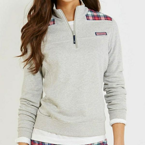 sweatshirt-sportif-femme-mode-sport-promenade