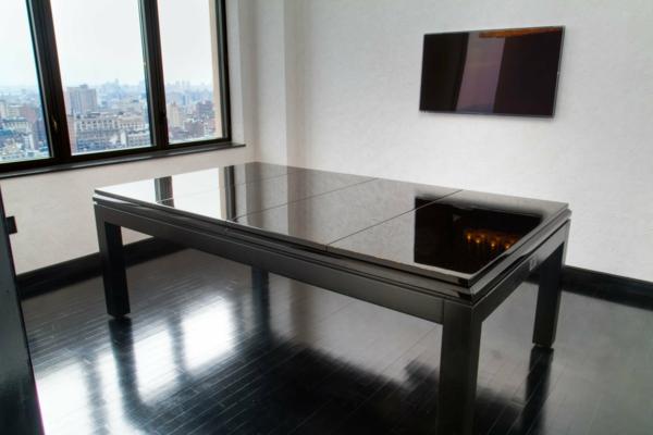 table-billard-convertible-noir-vue-de-salon-new-yorkais-resized
