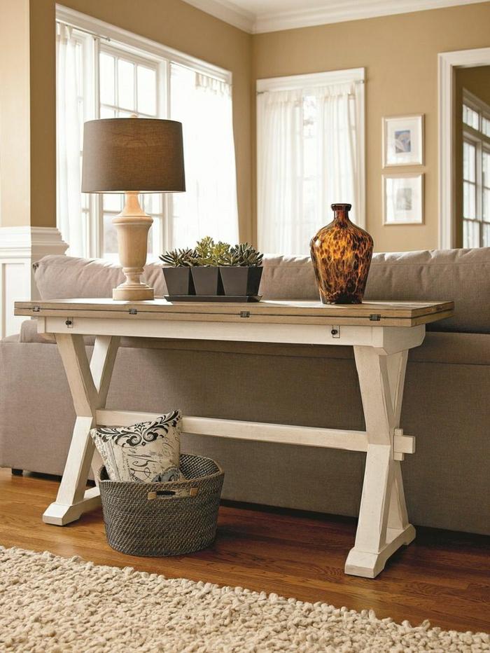 table-d-appoint-salon-confortable-canapé-beige-plantes-lampe-de-chevet