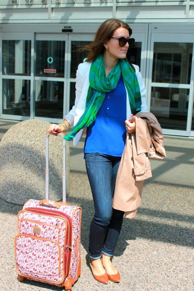 taille-valise-cabine-aéroplane-tenue-femme-voyage