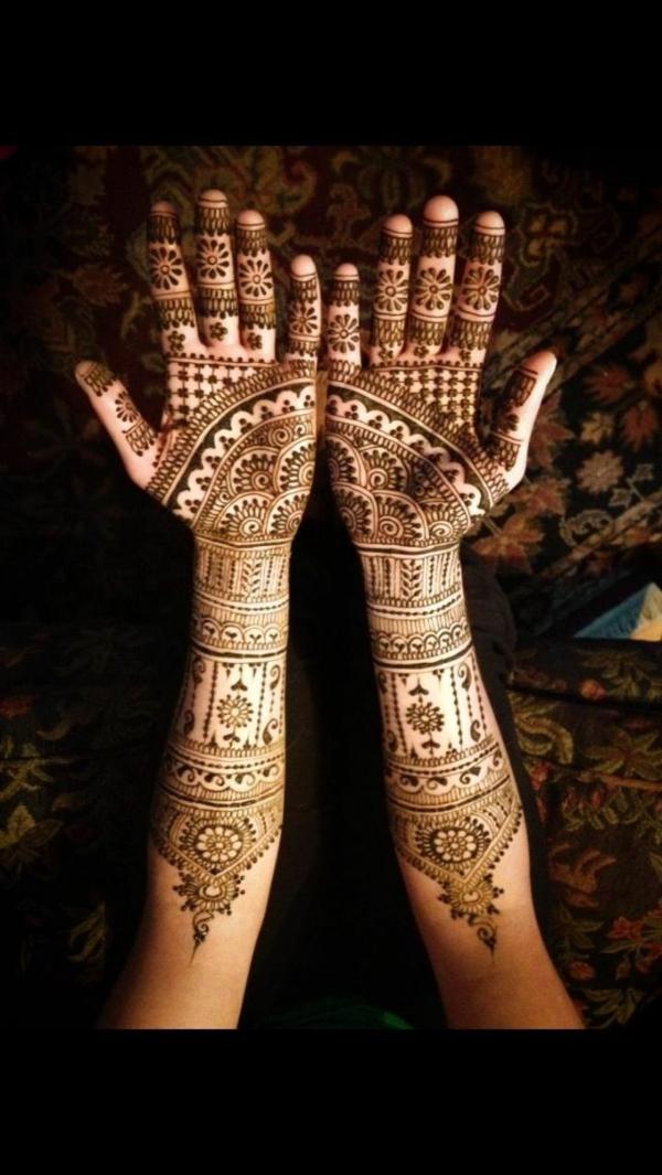 tatouage-henné-idees-creatives-mains-diy