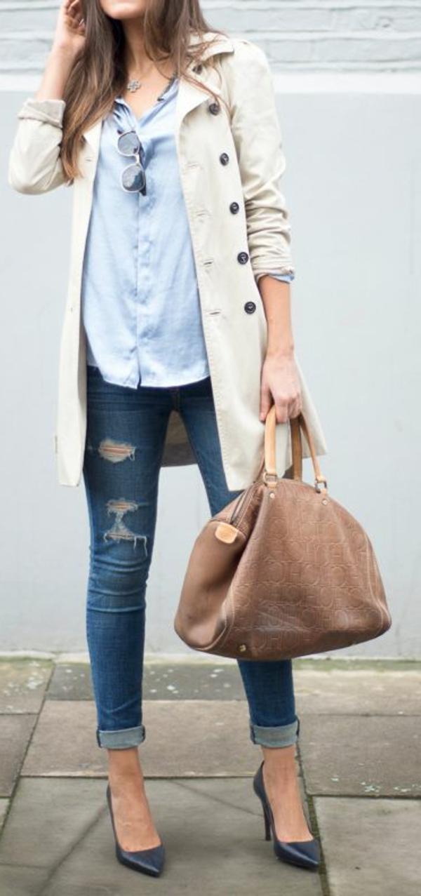 tenue-de-jour-casuel-jeans-femme-sac-a-main-cuir-chaussures-talon