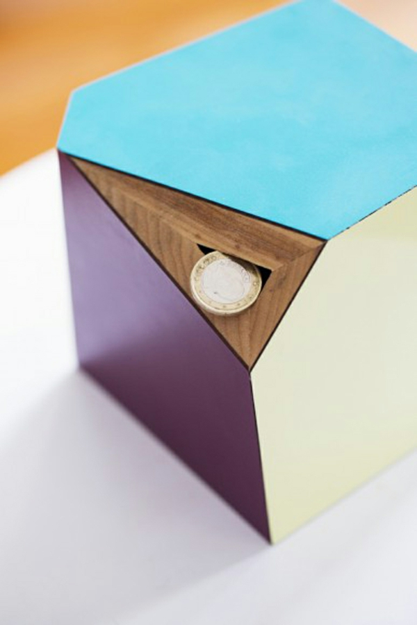 tirelire-personnalise-originale-coins-forme-geometrique-resized