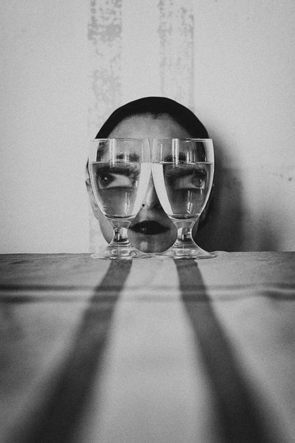 une-photographie-artistique-en-noir-et-blanc-amusante-idee-creative