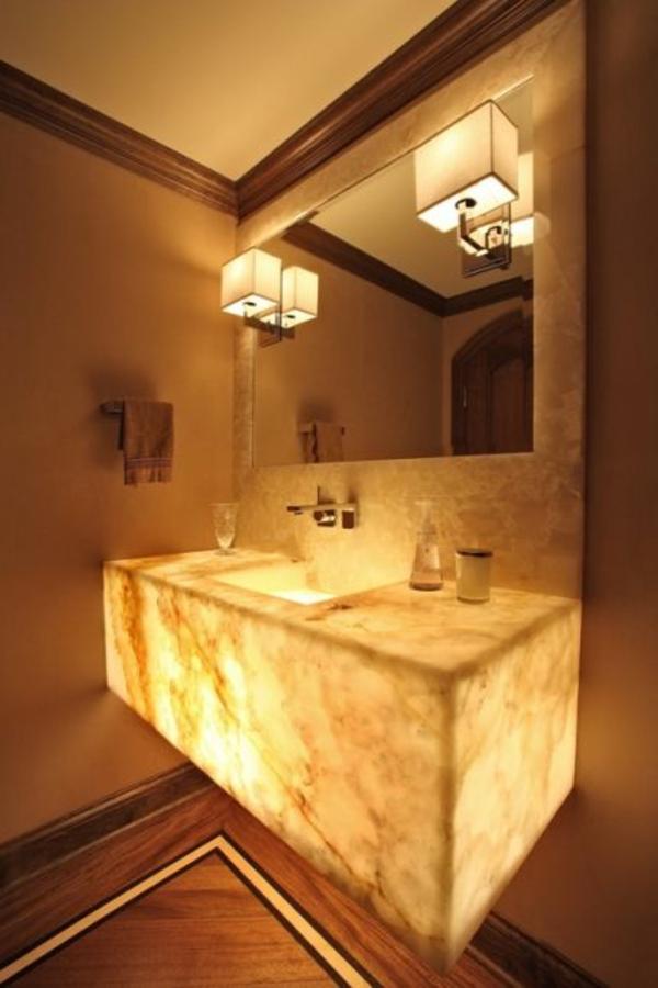 vasque-en-pierre-éclairée
