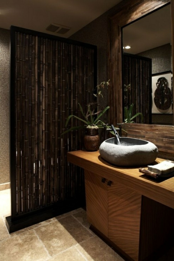 vasque-en-pierre-canisse-bambou-dans-la-salle-de-bains