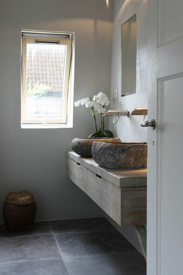vasque-en-pierre-deux-lavabos-ronds-en-pierre-sur-un-plateau-en-pierre
