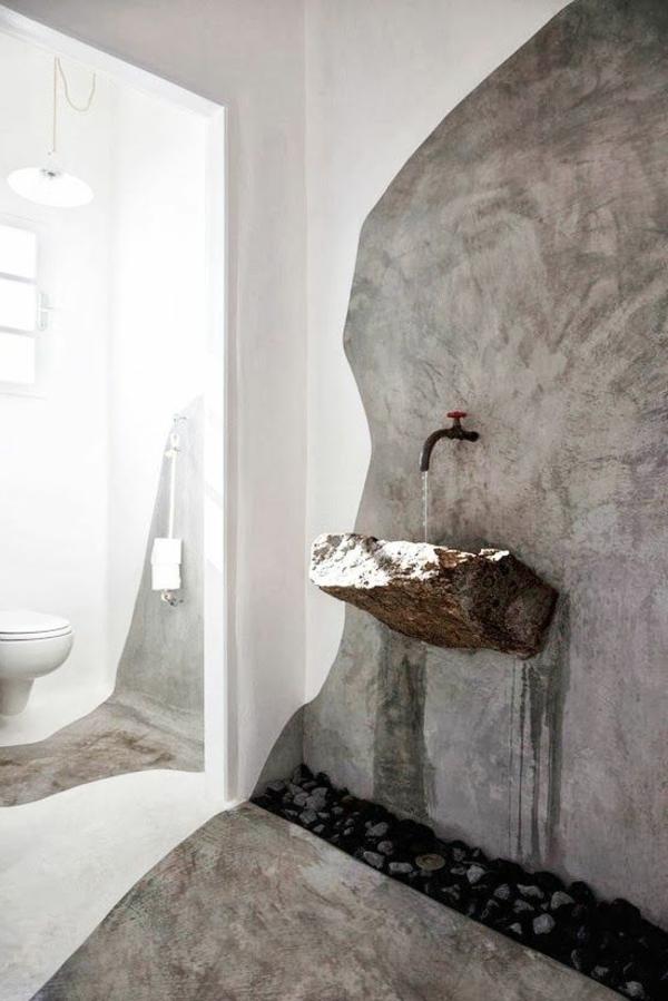 vasque-en-pierre-inhabituelle