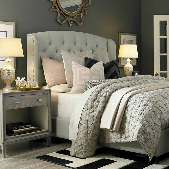 0-descente-de-lit-blanc-noir-lit-meuble-en-boi-gris-lampe-de-chevet-fleurs-décoratifs