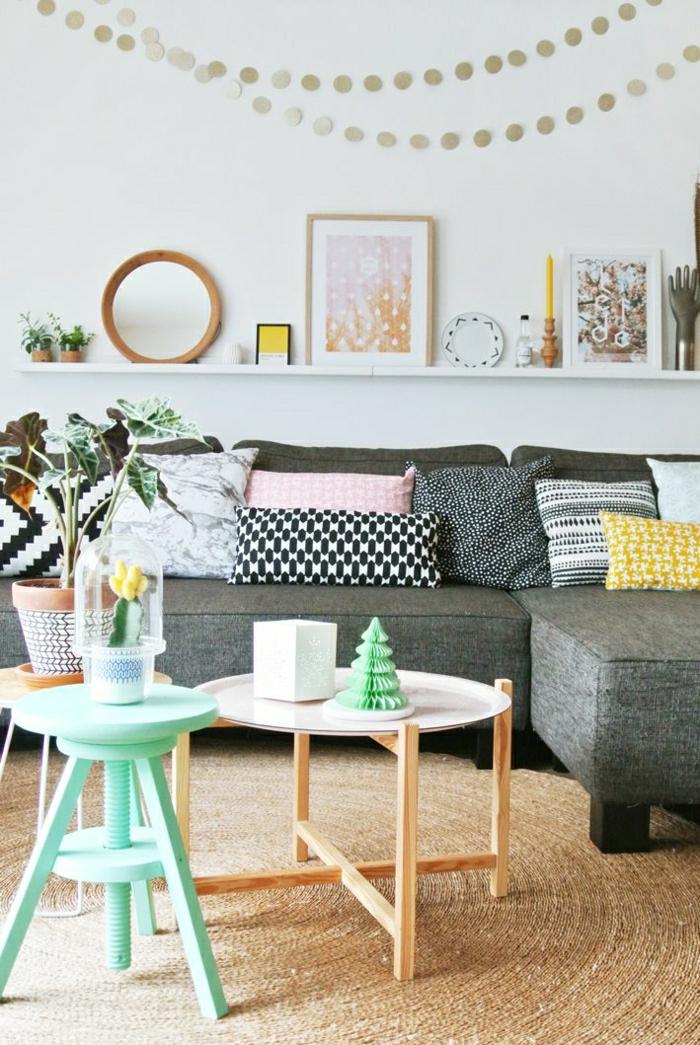 1-étagère-élégante-en-bois-blanc-murale-décoration-murale-canapé-gris-table-basse-de-salon