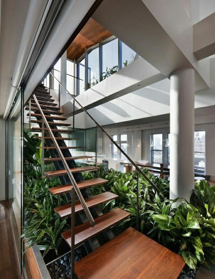 1-aménagement-sous-escalier-etagere-sous-jardin-sous-escalier-rangement-sous-escalier-plantes-vertes