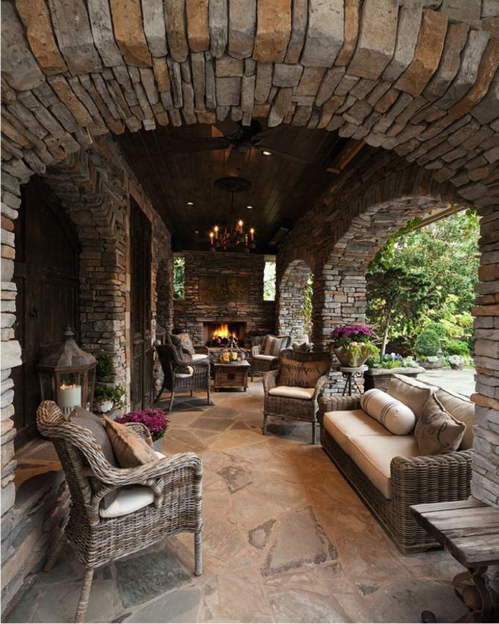 1-chaises-rustiques-meuble-rustique-pour-le-jardin-cheminée-extérieur-sol-pierre