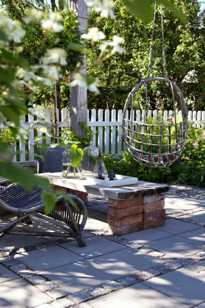 1-chaises-rustiques-meuble-rustique-pour-le-jardin-de-vos-reves-table-de-briques
