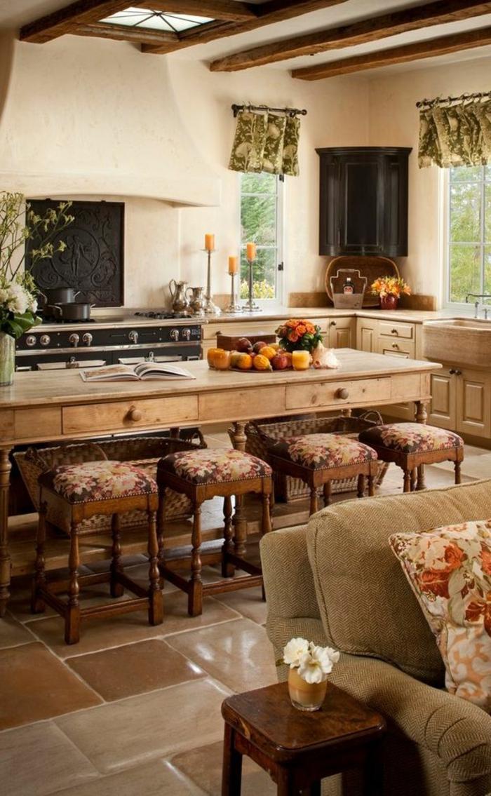 Le meuble massif est il convenable pour l 39 int rieur - Meuble cuisine avec table integree ...