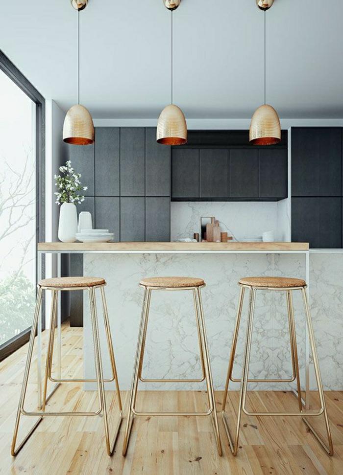 1-cuisine-moderne-avec-sol-en-parquet-bar-de-marbre-meubles-gris-commode-gris-bar-de-cuisine