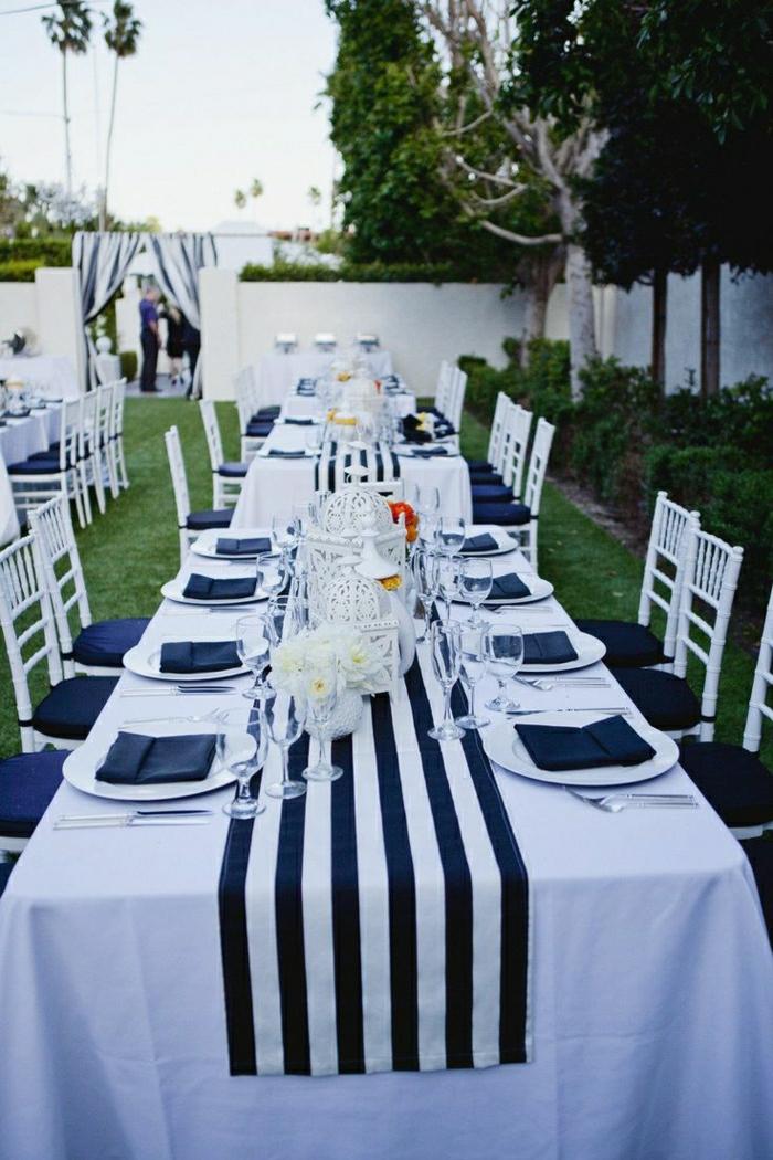 1-décoration-marine-idée-originale-de-style-marin-pour-la-table-de-style-marin-blanc-bleu
