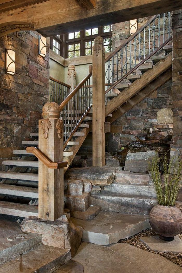 1-escalier-en-bois-massif-aménagement-idée-jet-d-eau-decoratif-idée