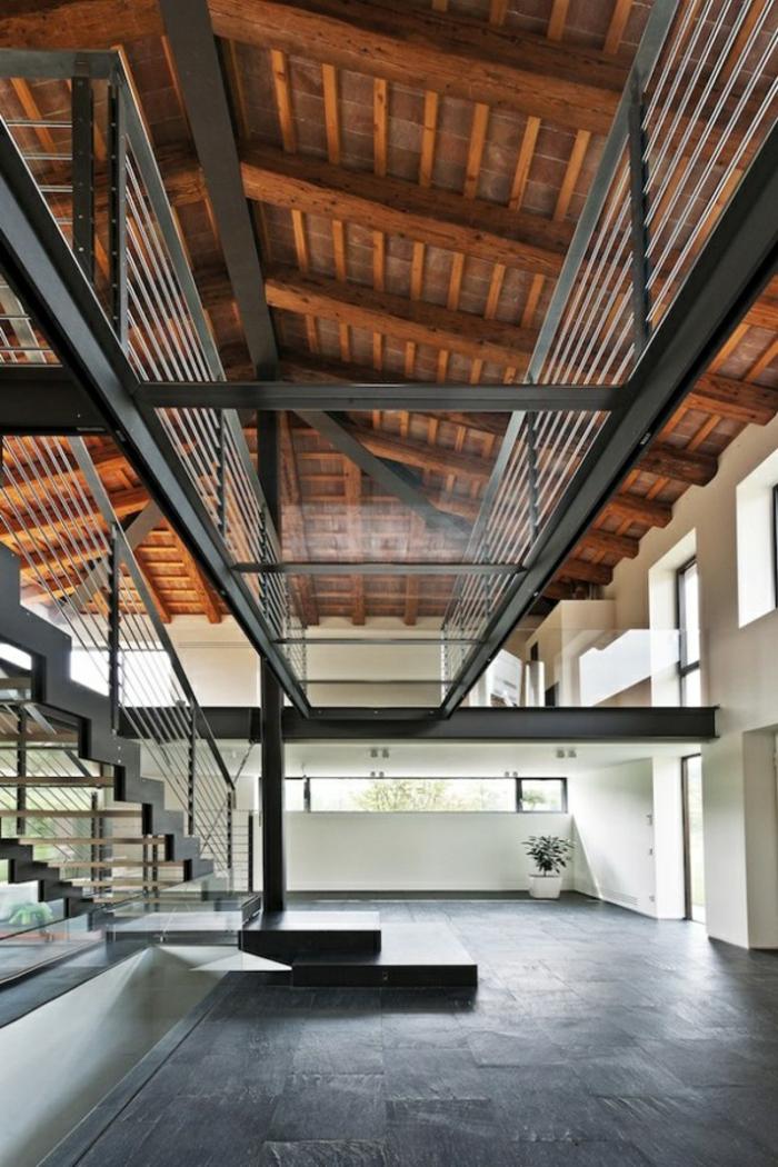 1-escalier-en-verre-plancher-en-verre-transparente-idée-insolite-moderne-maison