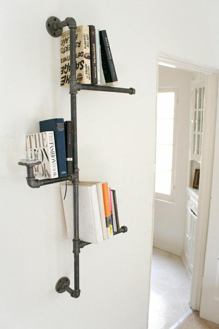 1-insolite-étagère-pour-le-mur-en-fer-gris-livres-mur-blanc-chambre-blanc