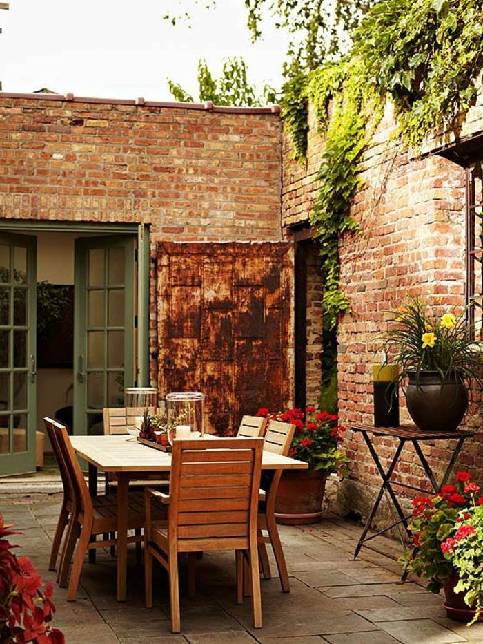 1-le-jardin-de-style-rustique-chaises-rustiques-table-rustque-meuble-rustique