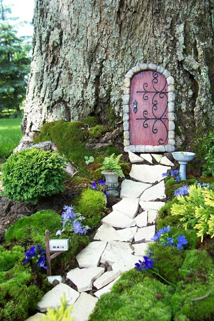 d corez votre cour avec les nains de jardin. Black Bedroom Furniture Sets. Home Design Ideas